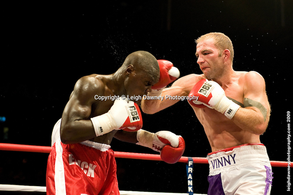 Erick Ochieng defeats Matt Scriven at the Brentwood Centre UK on 11th September 2009 Promoter Frank Maloney. Credit: ©Leigh Dawney Photography