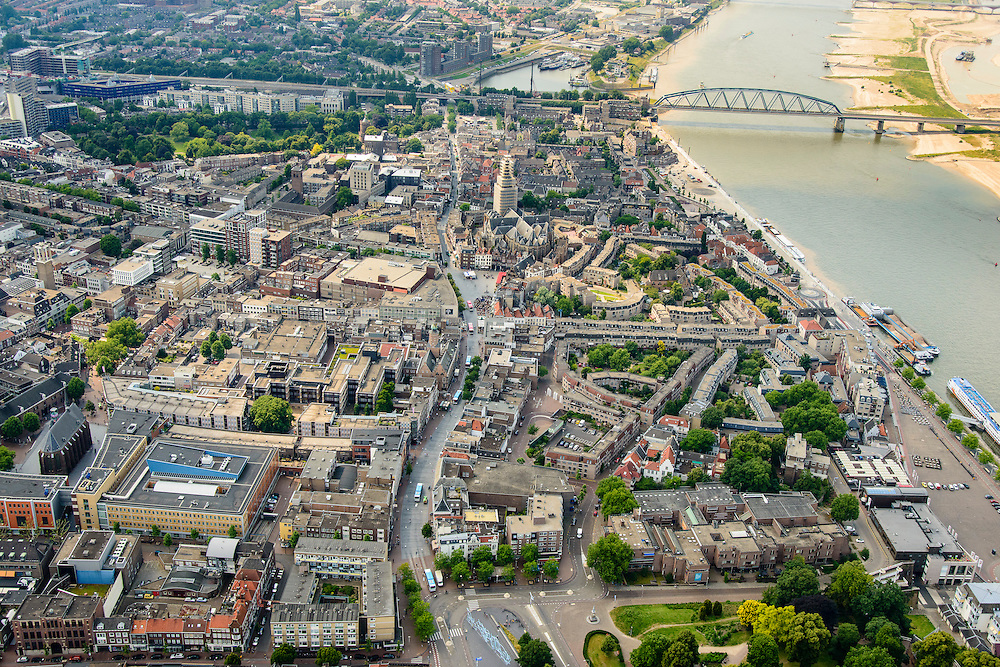 Nederland, Gelderland, Nijmegen, 26-06-2013; binnenstad Nijmegen, met Burchtstraat. Rechts de Waal.<br /> Town of Nijmegen. Bank of river Waal.<br /> luchtfoto (toeslag op standaard tarieven);<br /> aerial photo (additional fee required);<br /> copyright foto/photo Siebe Swart.