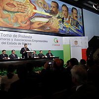 TOLUCA, México.- Eruviel Ávila Villegas, gobernador del Estado de México  durante la toma de protestas al Consejo de Cámaras y Asociaciones Empresariales del Estado de México (CONCAEM). Agencia MVT / Crisanta Espinosa. (DIGITAL)