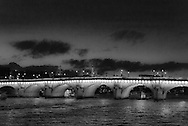 France. Paris. 1st district . The pont Neuf on the Seine river connect rive droite and rive gauche /