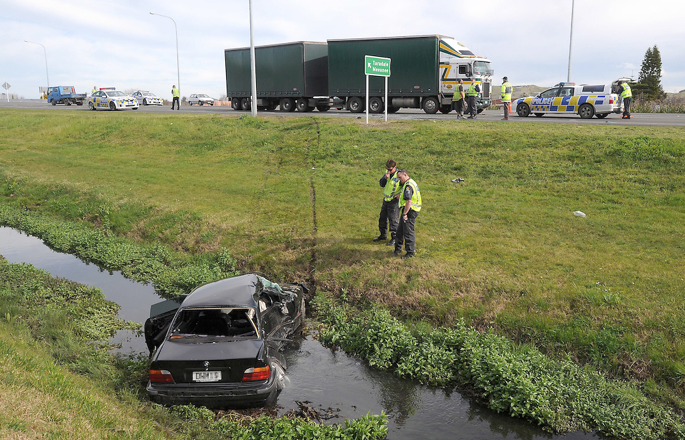Police at the scene of a serious Truck vs Car crash, Meeanee Road Overbridge, Napier, New Zealand, Wednesday, August 15, 2012. Credit:SNPA / Kerry Marshal