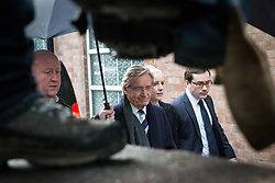 © Licensed to London News Pictures . 14/01/2014 . Preston , UK . Coronation Street's WILLIAM ROACHE arrives at Preston Crown Court this morning (14th January 2014) . The world's logest serving soap actor , who plays Ken Barlow , faces seven charges , including rape and sexual assault , against five girls , which he denies . Photo credit : Joel Goodman/LNP