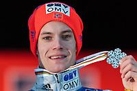 BILDET INNGÅR IKKE I FASTAVTALER. ALL NEDLASTING BLIR FAKTURERT.<br /> <br /> Hopp<br /> Foto: imago/Digitalsport<br /> NORWAY ONLY<br /> <br /> Bad Mitterndorf 16.01.2016, Kulm, Bad Mitterndorf, AUT, FIS Skiflug WM, Kulm, Medaillenzeremonie, im Bild Silbermedaillen Gewinner Kenneth Gangnes (NOR) // silver Medalist Kenneth Gangnes of Norway celebrate at the Medal Award Ceremony of FIS Ski Flying World Championships at the Kulm in Bad Mitterndorf, Austria on 2016/01/16.