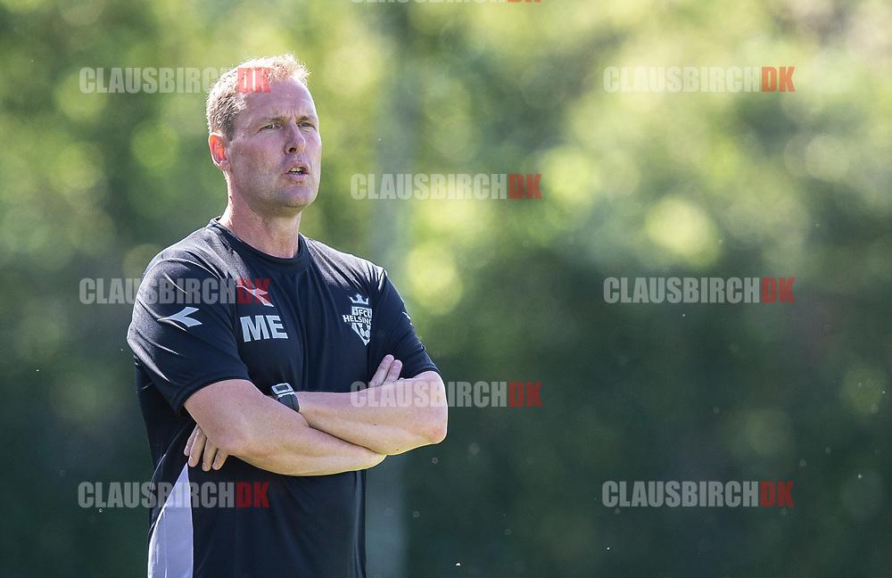 Cheftræner Morten Eskesen (FC Helsingør) under kampen i 2. Division mellem Skovshoved IF og FC Helsingør den 3. august 2019 i Skovshoved Idrætspark (Foto: Claus Birch)