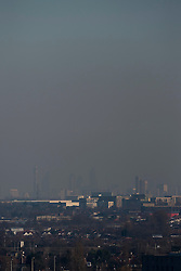 "© Licensed to London News Pictures. 19/01/2017. London, UK. A thick layer of ""toxic"" smog is seen hanging over central London, blown in from continental Europe, as seen from Northala Fields in west London.  Following the announcement by the Mayor of London of higher than normal pollution levels, Londoners have been urged to protect their health. Photo credit : Stephen Chung/LNP"
