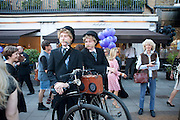 PENNY FARTHINGS, Pimlico Road party. 22 June 2010. -DO NOT ARCHIVE-© Copyright Photograph by Dafydd Jones. 248 Clapham Rd. London SW9 0PZ. Tel 0207 820 0771. www.dafjones.com.