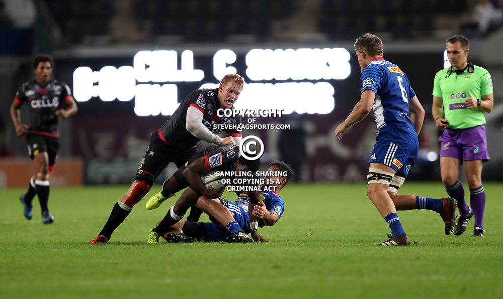 DURBAN, SOUTH AFRICA - MAY 27: EW Viljoen of the DHL Stormers tackling Lwazi Mvovo of the Cell C Sharks during the Super Rugby match between Cell C Sharks and DHL Stormers at Growthpoint Kings Park on May 27, 2017 in Durban, South Africa. (Photo by Steve Haag/Gallo Images)