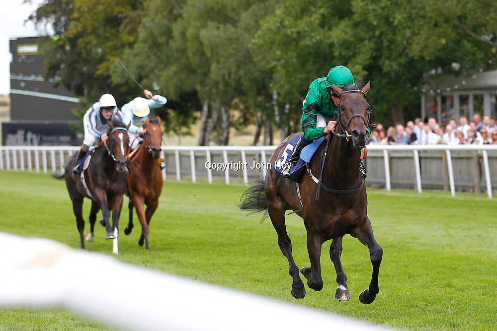 Willow Beck and William Buick winning the 2.40 race