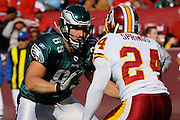 LANDOVER, MD - NOVEMBER 11: Tight End Matt Schobel #89 of the Philadelphia Eagles prepares to block Sean Springs of the Washington Redskins during the game on November 11, 2007 at FedEx Field in Landover, Maryland. The Eagles won 33-25.
