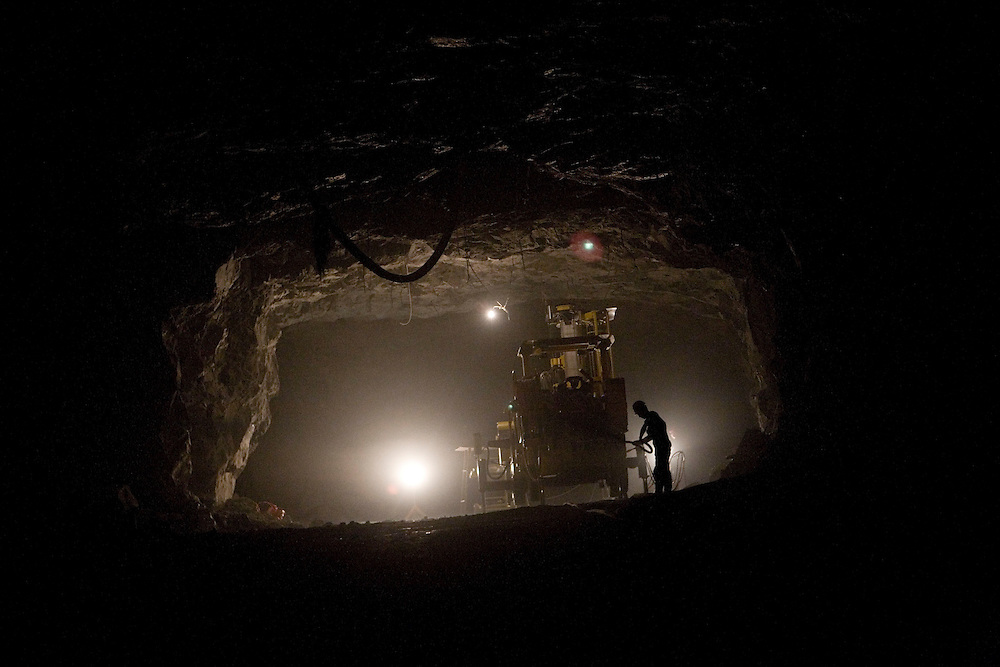 Gold miner 400m deep in a mine shaft. Shandong Zha Jin Industry produces alot of the gold in this region. Zhengyuan, China. 2008