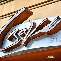 Downtown Bars & Restaurants