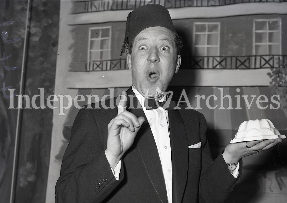 Magician Albert Le Bas in 1959. Le Bas was a well known magician who was also the in-house compere for the renowned Jury's Cabaret that ran for 40 years at Jury's Hotel in Ballsbridge. He also presented a variety show on RTE. (Part of the Irish  Independent Newspapers/NLI collection).