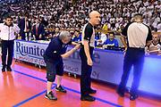 DESCRIZIONE : Reggio Emilia Lega A 2014-15 Grissin Bon Reggio Emilia - Banco di Sardegna Dinamo Sassari playoff Finale gara 5 <br /> GIOCATORE : Paolo Taurino arbitro<br /> CATEGORIA : arbitro pregame before curiosita<br /> SQUADRA : arbitro<br /> EVENTO : LegaBasket Serie A Beko 2014/2015<br /> GARA : Grissin Bon Reggio Emilia - Banco di Sardegna Dinamo Sassari playoff Finale gara 5<br /> DATA : 22/06/2015 <br /> SPORT : Pallacanestro <br /> AUTORE : Agenzia Ciamillo-Castoria/GiulioCiamillo<br /> Galleria : Lega Basket A 2014-2015 Fotonotizia : Reggio Emilia Lega A 2014-15 Grissin Bon Reggio Emilia - Banco di Sardegna Dinamo Sassari playoff Finale  gara 5<br /> Predefinita :