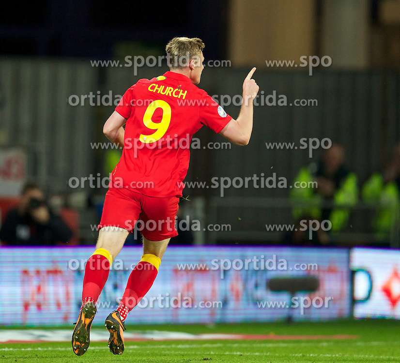 11.10.2013, City Stadion, Cardiff, WAL, FIFA WM Qualifikation, Wales vs Mazedonien, Gruppe A, im Bild Wales' Simon Church celebrates scoring the first goal against Macedonia during the FIFA World Cup Qualifier Group A Match between Wales and Macedonia at the City Stadium, Cardiff, Wales on 2013/10/11. EXPA Pictures © 2013, PhotoCredit: EXPA/ Propagandaphoto/ David Rawcliffe<br /> <br /> ***** ATTENTION - OUT OF ENG, GBR, UK *****