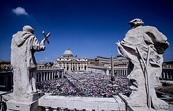 June 4, 2017 - Rome, Italy -POPE FRANCIS  leads Mass of Pentecost in St. Peter's Square at the Vatican  (Credit Image: © Evandro Inetti via ZUMA Wire)