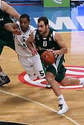 DESCRIZIONE : Atene Eurolega 2008-09 Quarti di Finale Gara 1 Panathinaikos Montepaschi Siena<br /> GIOCATORE : Vassilis Spanoulis<br /> SQUADRA : Panathinaikos<br /> EVENTO : Eurolega 2008-2009<br /> GARA : Panathinaikos Montepaschi Siena<br /> DATA : 24/03/2009<br /> CATEGORIA : palleggio<br /> SPORT : Pallacanestro<br /> AUTORE : Agenzia Ciamillo-Castoria/Action Images.gr<br /> Galleria : Eurolega 2008-2009<br /> Fotonotizia : Siena Eurolega 2008-09 Panathinaikos Montepaschi Siena<br /> Predefinita :