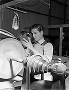 17/11/1952.11/17/1952.17 November 1952.Waterford Glass factory. Patrick O'Keeffe at work.