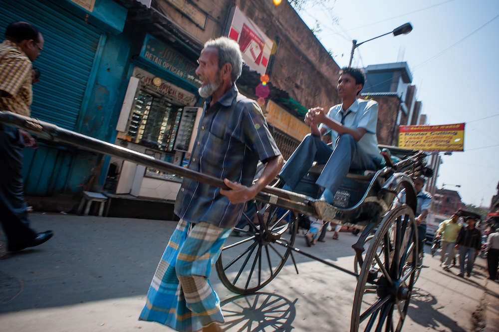 Rickshaw puller in Kolkata (India).
