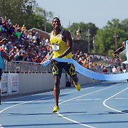 TINSLEY -13USA, Des Moines, Ia.- Michael Tinsley made it look easy in his 400 hurdles win.  Photo by David Peterson