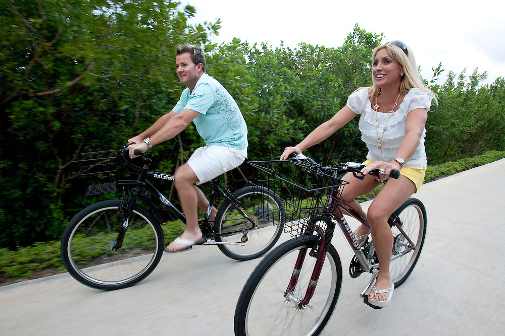 Brian Gay, 2008 champion of the Mayakoba Golf Classic at Riviera Maya-Cancun, a PGA Tour tournament held along the Caribbean in the Riviera Maya, enjoys time with his wife, Kimberly, at the Fairmont Mayakoba hotel and resort.