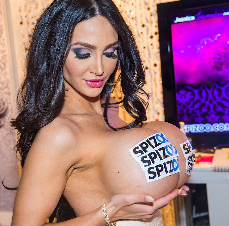 LAS VEGAS - JAN 18 : Porn star Amy Anderssen at the AVN Adult Entertainment Expo on January 18 2014 in Las Vegas , Nevada