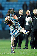 Scotland's seceret weapon - or the half time kicking competition? during the Ladbrokes Four Nations match between England and Scotland at the Ricoh Arena, Coventry, England on 5 November 2016. Photo by Craig Galloway.
