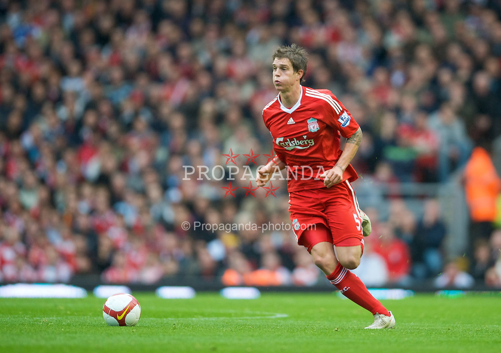 LIVERPOOL, ENGLAND - Saturday, October 18, 2008: Liverpool's Daniel Agger in action against Wigan Athletic during the Premiership match at Anfield. (Photo by David Rawcliffe/Propaganda)