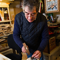 Venezia  Mino a Maestro mosaicist in his workshop in Cannaregio, Venice...***Agreed Fee's Apply To All Image Use***.Marco Secchi /Xianpix.tel +44 (0)207 1939846.tel +39 02 400 47313. e-mail sales@xianpix.com.www.marcosecchi.com