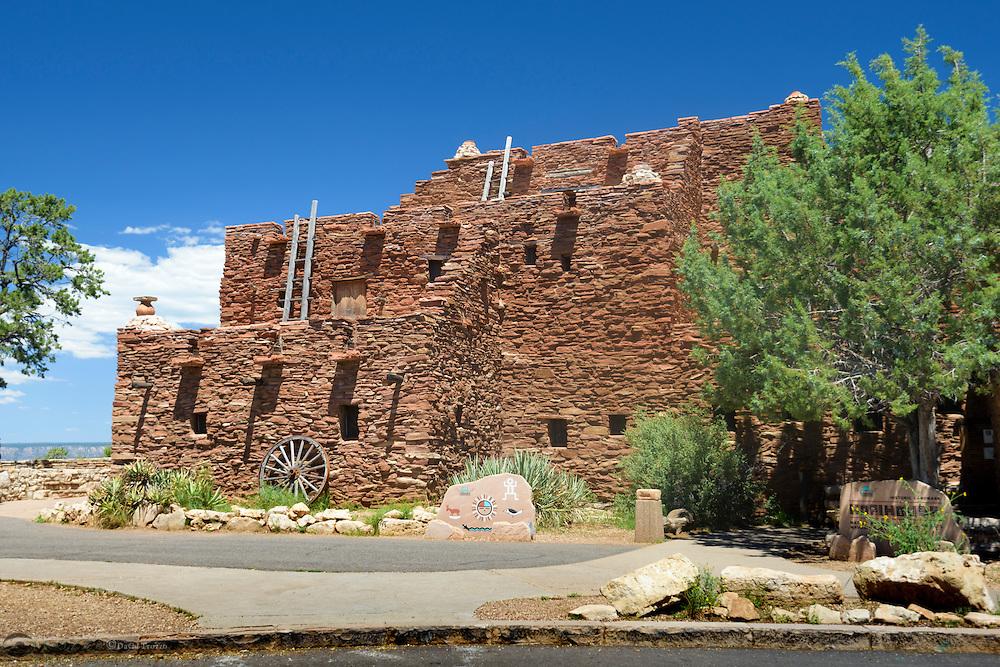Hopi House, National Historic Landmark, Grand Canyon National Park, Arizona, USA