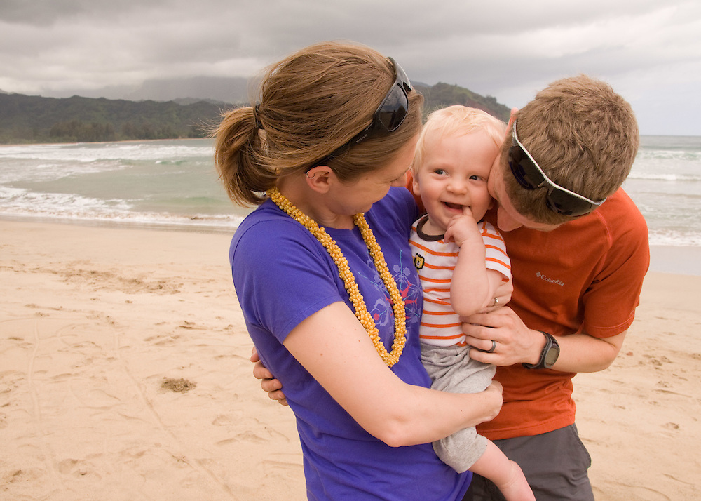 Family love in Kauai, Hawaii.