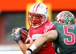 15.07.2011, Ernst Happel Stadion, Wien, AUT, American Football WM 2011, Japan (JAP) vs Mexico (MEX), im Bild Takahiro Haruta (Japan, #84, TE) and Padilla Manuel (Mexico, #56, LB)  // during the American Football World Championship 2011 game, Japan vs Mexico, at Ernst Happel Stadion, Wien, 2011-07-15, EXPA Pictures © 2011, PhotoCredit: EXPA/ T. Haumer