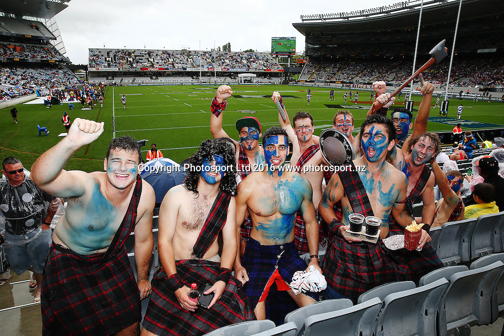 Fans enjoying the atmosphere during Day 1 of the NRL Auckland Nines Rugby League Tournament, Eden Park, Auckland, New Zealand. Saturday 6 February 2016. Photo: Anthony Au-Yeung / www.photosport.nz
