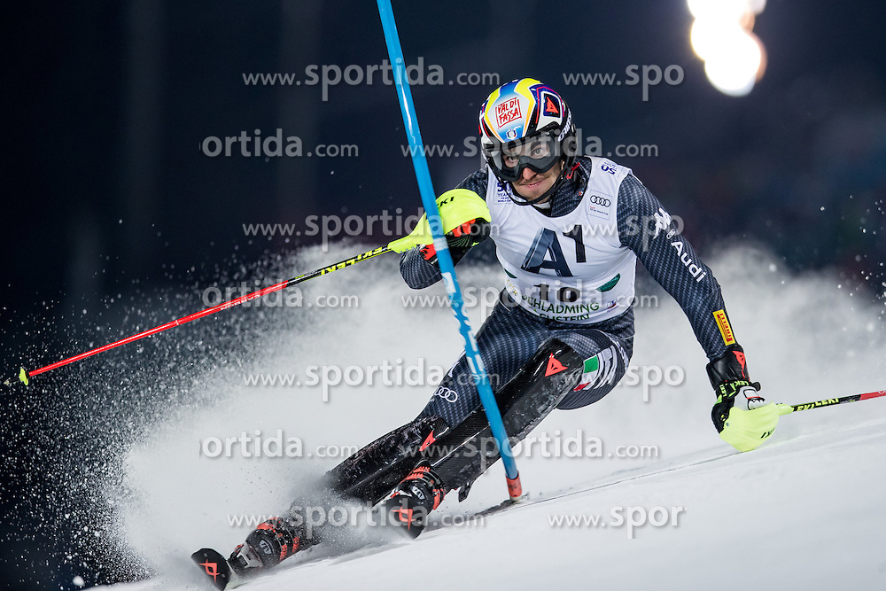 24.01.2017, Planai, Schladming, AUT, FIS Weltcup Ski Alpin, Schladming, Slalom, Herren, 1. Lauf, im Bild Stefano Gross (ITA) // Stefano Gross of Italy in action during his 1st run of men's Slalom of FIS ski alpine world cup at the Planai in Schladming, Austria on 2017/01/24. EXPA Pictures © 2017, PhotoCredit: EXPA/ Johann Groder