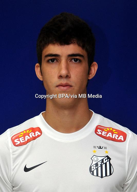 Gustavo Henrique Vernes  ( Santos Futebol Clube )