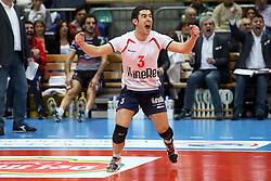 DAVIDE MARRA ESULTA<br /> TRENTO - PIACENZA<br /> SEMIFINALE PALLAVOLO FINAL 4 COPPA ITALIA A1-M 2013-2014<br /> BOLOGNA 08-03-2014<br /> FOTO GALBIATI - RUBIN