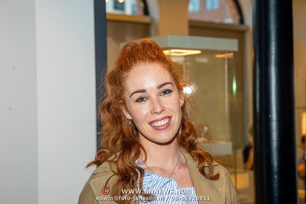 NLD/Amsterdam/201905229 - 10-jarig jubileum van Helden, Antoinette de Jong