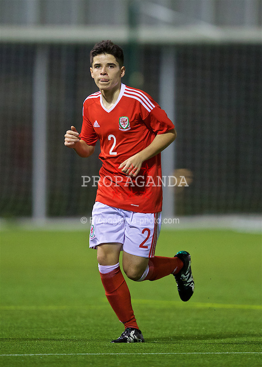 EDINBURGH, SCOTLAND - Sunday, October 30, 2016: Wales' Jac Davies in action against Republic of Ireland during the Under-16 2016 Victory Shield match at ORIAM. (Pic by David Rawcliffe/Propaganda)