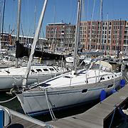 NLD/Scheveningen/20100604 - Zeilboten in de haven van Schevening