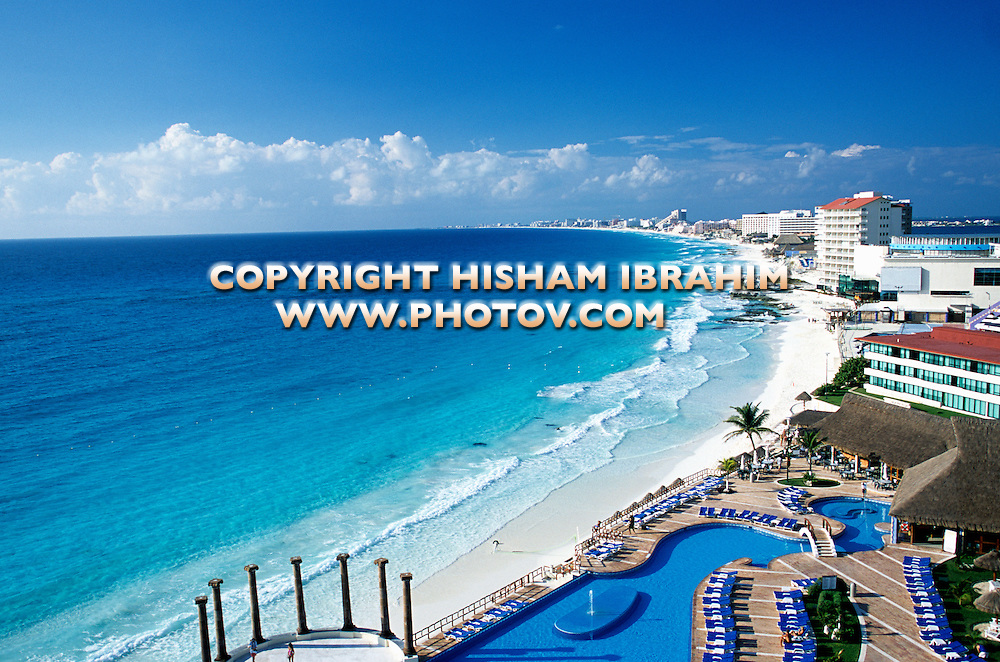 Cancun Beaches and the Hotel Zone, Cancun-Mexico