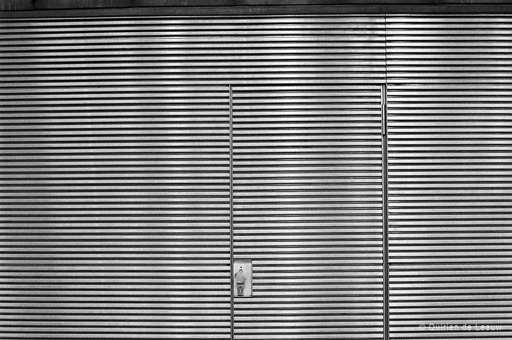Een exit deur in het gesloten Systeem