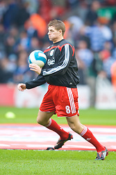 LIVERPOOL, ENGLAND - Saturday, March 15, 2008: Liverpool's captain Steven Gerrard MBE warms up before the Premiership match at Anfield. (Photo by David Rawcliffe/Propaganda)