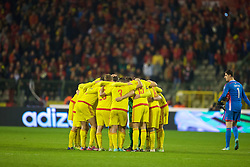 BRUSSELS, BELGIUM - Sunday, November 16, 2014: Wales players for a team huddle after a goal-less draw with Belgium during the UEFA Euro 2016 Qualifying Group B game at the King Baudouin [Heysel] Stadium. (Pic by David Rawcliffe/Propaganda)