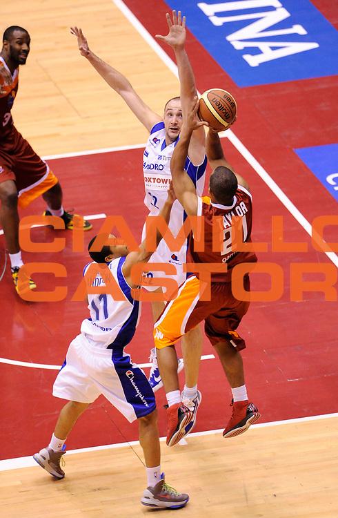 DESCRIZIONE : Milano Coppa Italia Final Eight 2013 Ottavi di Finale Pallacanestro Cantu' Acea Roma<br /> GIOCATORE : Jordan Taylor<br /> CATEGORIA : tiro<br /> SQUADRA : Acea Roma<br /> EVENTO : Beko Coppa Italia Final Eight 2013<br /> GARA : Pallacanestro Cantu' Acea Roma<br /> DATA : 07/02/2013<br /> SPORT : Pallacanestro<br /> AUTORE : Agenzia Ciamillo-Castoria/A.Giberti<br /> Galleria : Lega Basket Final Eight Coppa Italia 2013<br /> Fotonotizia : Milano Coppa Italia Final Eight 2013 Ottavi di Finale Pallacanestro Cantu' Acea Roma<br /> Predefinita :