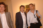 CHRIS TAYLOR, DANNY MOYNIHAN AND JULIAN SANDS, Opening of Photo-London, Burlington Gdns. London. 17 May 2006. ONE TIME USE ONLY - DO NOT ARCHIVE  © Copyright Photograph by Dafydd Jones 66 Stockwell Park Rd. London SW9 0DA Tel 020 7733 0108 www.dafjones.com