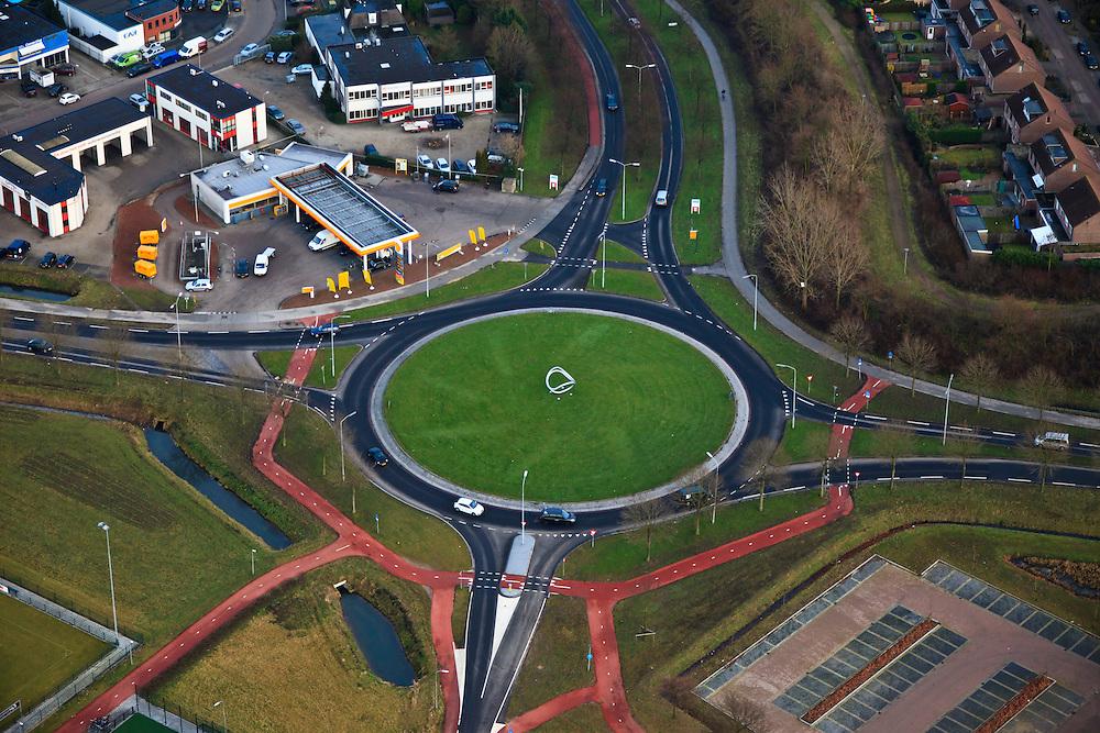 Nederland, Gelderland, Beuningen, 10-01-2011;.Beuningen , Shell-station aan de westkant van Beuningen..luchtfoto (toeslag), aerial photo (additional fee required).foto/photo Siebe Swart
