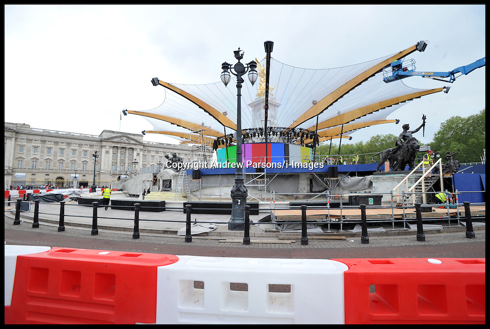Preparation underway at the Queen Victoria Memorial on the Mall outside Buckingham Palace, London,  for the this weekends HM The Queen Diamond Jubilee celebrations Wednesday May 30, 2012. Photo By Andrew Parsons/i-Images