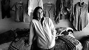 Javier Calvelo/ URUGUAY/ SALTO/ La Ruta de la Lana - Salto - Pepe Nu&ntilde;ez / Proyecto documental acerca de las actividades relacionadas a la produccion lanera en Uruguay/ Visitamos la casa de la casa de Sandra Ferro y Felix Javier Gutierrez en Pepe Nu&ntilde;ez. Alli tienen Sandra un taller de Hilado y tejido de lana llamado LA Charrua donde nos hizo una demostracion de su trabajo y Felix trabaja un predio de 1300 hectareas con 2650 ovejas. <br /> En la foto:  La Ruta de la Lana en Salto, casa de Sandra y Felix en Pepe Nu&ntilde;ez. Foto: Javier Calvelo / adhocfotos<br /> 2013-04-13 dia sabado<br /> adhocFotos