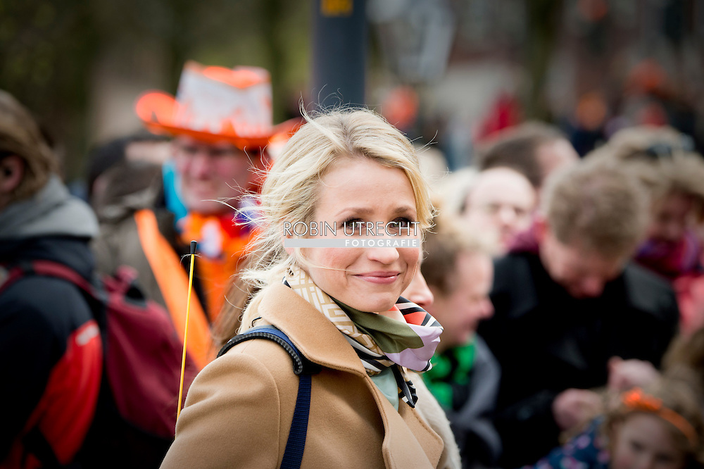 27-4-2016 dionne stax ZWOLLE - Kingday in Zwolle , King Willem-Alexander, Queen Maxima, Princess Amalia, Princess Alexia and Princess Ariane is April 27, 2016 attended the celebration of King's Day in the town of Zwolle, in the province of Overijssel. Prince Constantijn and Princess Laurentien, Prince Maurits and Princess Maril&egrave;ne, Prince Bernhard and Princess Annette, Prince Pieter-Christiaan and Princess Anita and Prince Floris and Princess Aim&eacute;e are also provided at Kingday in Zwolle. COPYRIGHT ROBIN UTRECHT<br /> 27-4-2016 ZWOLLE - Koningsdag in Zwolle Koning Willem-Alexander, Koningin Maxima, Prinses Amalia , Prinses Ariane en prinses Alexia zijn 27 april 2016 aanwezig bij de viering van Koningsdag in de gemeente Zwolle, in de provincie Overijssel. Prins Constantijn en Prinses Laurentien, Prins Maurits en Prinses Maril&egrave;ne, Prins Bernhard en Prinses Annette, Prins Pieter-Christiaan en Prinses Anita &eacute;n Prins Floris en Prinses Aim&eacute;e zijn ook aanwezig bij Koningsdag in Zwolle. COPYRIGHT ROBIN UTRECHT