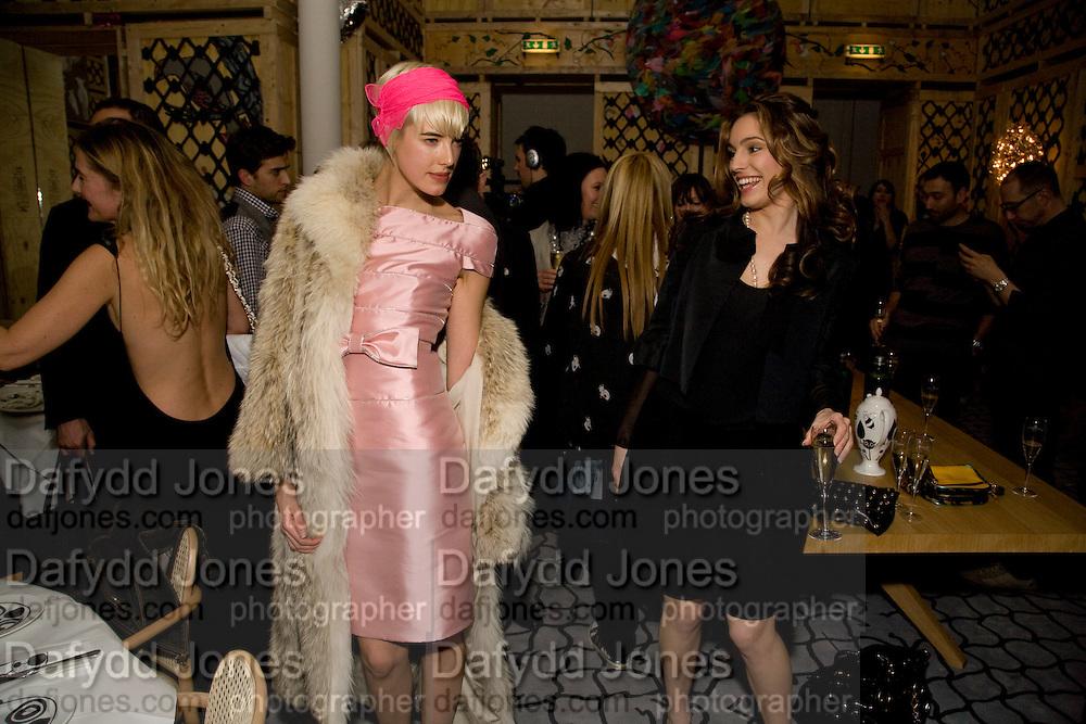 AGYNESS DEYN; KELLY BROOK; Kate Grand hosts a Love Tea and Treasure hunt at Flash. Royal Academy. Burlington Gardens. London. 10 december 2008 *** Local Caption *** -DO NOT ARCHIVE-© Copyright Photograph by Dafydd Jones. 248 Clapham Rd. London SW9 0PZ. Tel 0207 820 0771. www.dafjones.com.<br /> AGYNESS DEYN; KELLY BROOK; Kate Grand hosts a Love Tea and Treasure hunt at Flash. Royal Academy. Burlington Gardens. London. 10 december 2008