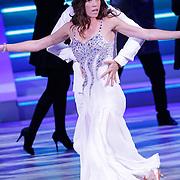 NLD/Hilversum/20120916 - 4de live uitzending AVRO Strictly Come Dancing 2012, Naomie van As met danspartner Remi Janssen